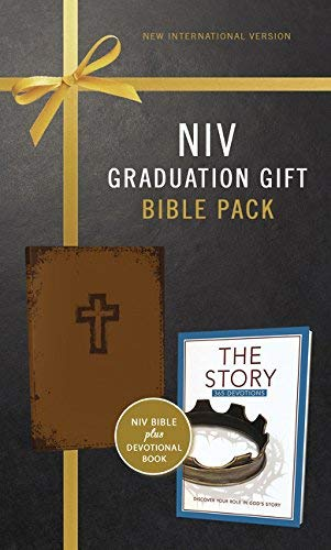 NIV Graduation Gift Bible Pack for Him (Brown Leathersoft)