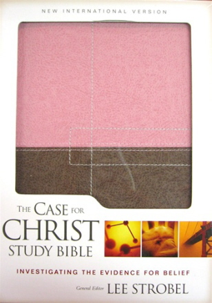 The Case for Christ Study Bible: Investigating the Evidence for Belief (NIV, Berry Crème/Chocolate Italian Duo-Tone, Gilded-Silver Page Edges)