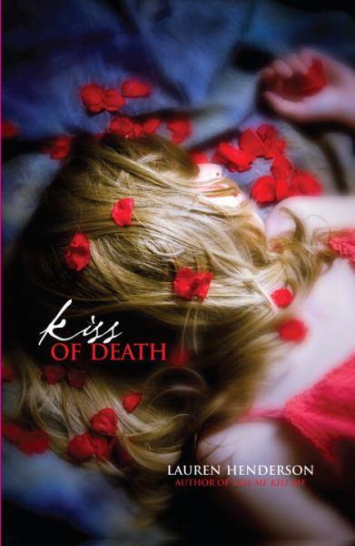 Kiss of Death (Scarlett Wakefield Mysteries)
