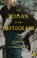 The Woman in the Photograph 9781476731957